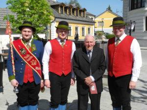Überraschung zum 90. Geburtstag von Karl Handsteiner